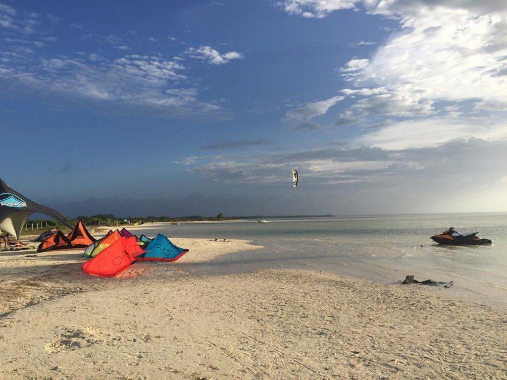 Crazyfly Kiteboarding Mexico Isla Blanca