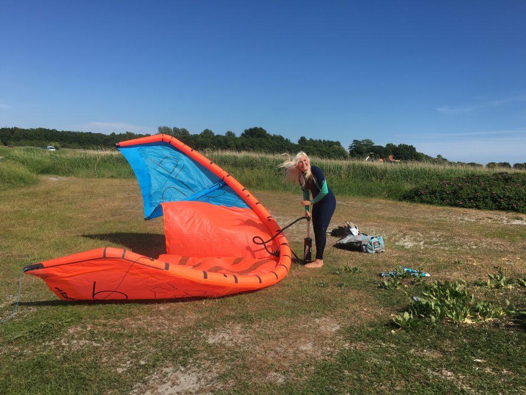 Kara Mulder flight attendant kiteboarder