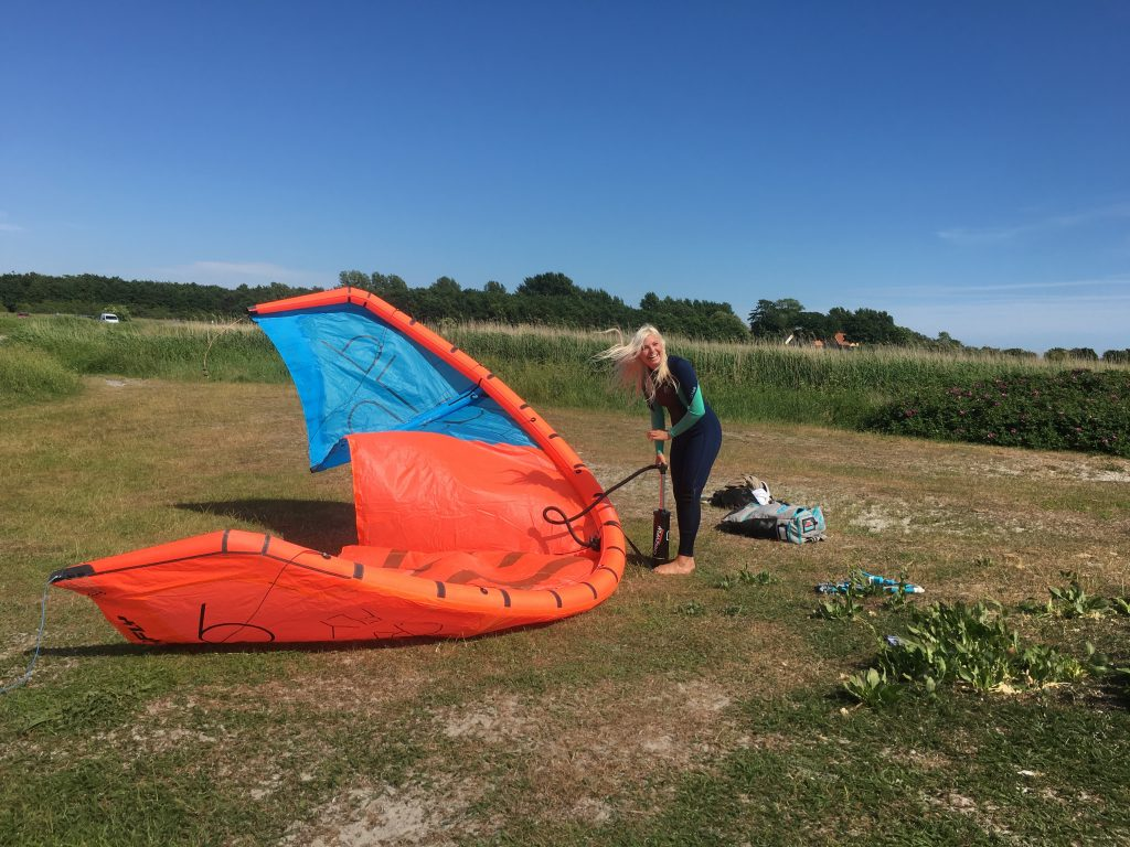Kara Mulder kiteboarder